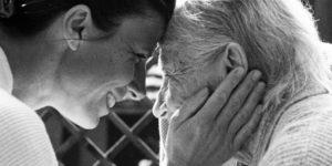 Alzheimer Hasta Yakınları Her an Hazırlıklı Olmalıdır.